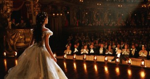 still-of-emmy-rossum-in-the-phantom-of-the-opera-(2004)-large-picture