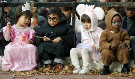 children-in-costume-halloweenjpg-fa6950a39e573183_large