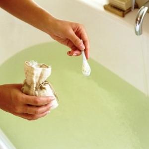 salt-water-bath