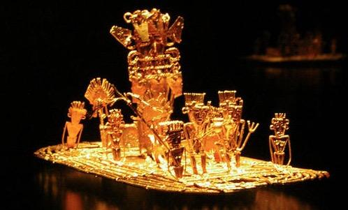 エル・ドラード伝説の基とされる黄金の儀式を模した装飾品